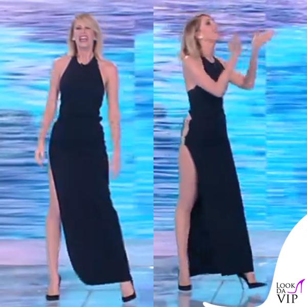 Alessia Marcuzzi finale Isola dei Famosi abito Versace 11