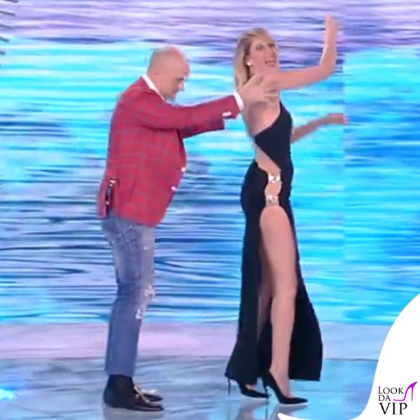 Alessia Marcuzzi finale Isola dei Famosi abito Versace 14
