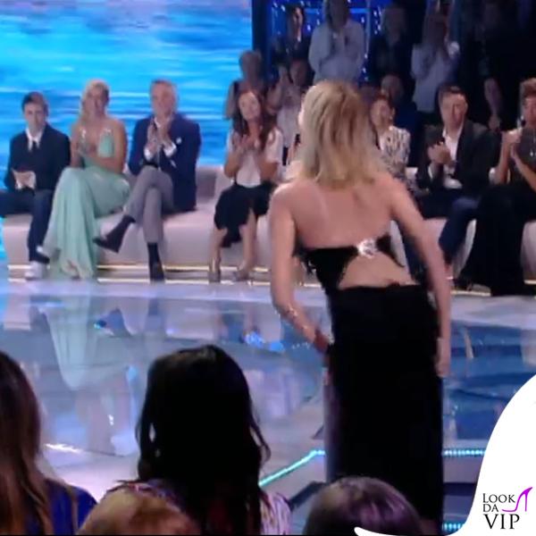 Alessia Marcuzzi finale Isola dei Famosi abito Versace 8