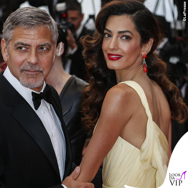 Amal Clooney abito Versace gioielli Cartier