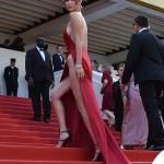 Bella Hadid Cannes 2016 abito Alexandre Vauthier gioielli De Grisogono sandali Giuseppe Zanotti Design 2