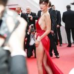 Bella Hadid Cannes 2016 abito Alexandre Vauthier gioielli De Grisogono sandali Giuseppe Zanotti Design 5