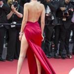 Bella Hadid Cannes 2016 abito Alexandre Vauthier gioielli De Grisogono sandali Giuseppe Zanotti Design 12
