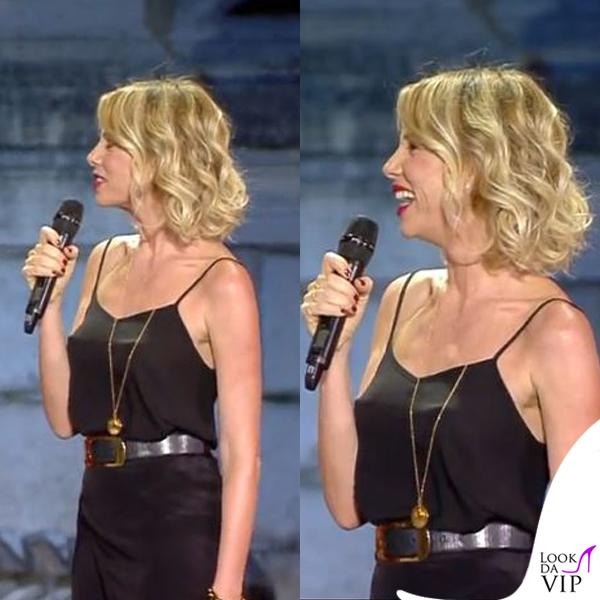 Alessia Marcuzzi Coca Cola Summer Festival canotta Topshop, sandali Gianvito Rossi, cintura Michael Kors 3