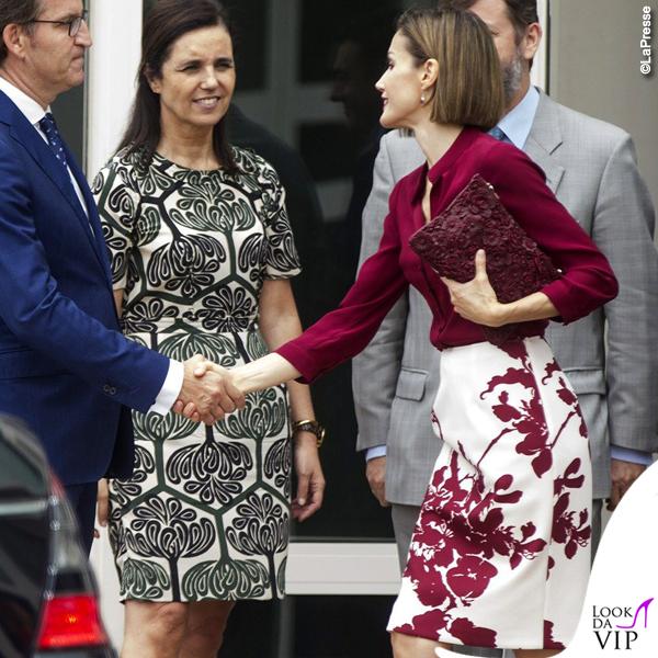 Letizia Ortiz camicia gonna Felipe Varela clutch Uterque