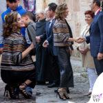 Letizia Ortiz giacca pantaloni sandali Uterque