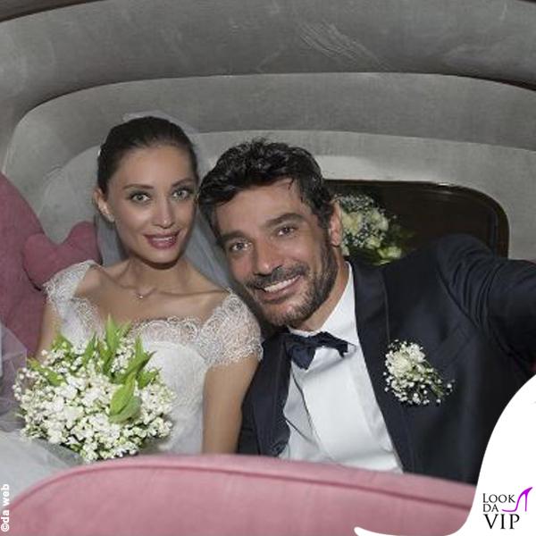 24ddd314fc48 Settembre d amore per le star in abito bianco. matrimonio Margareth Madè  abito Armani Privè 3 ...