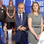 """M. Elena Boschi e il """"discreto"""" tubino grigio"""