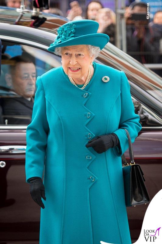 Regina Elisabetta all'apertura del National Cyber Security Centre