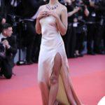 70h Cannes Film Festival, I Look di Emily Ratajkowski al Festival