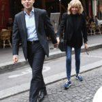 Macron e l'inseparabile Brigitte, l'amore fuori dagli schemi