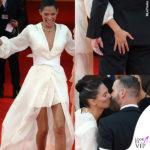 Bianca Balti a Venezia, baci in OVS