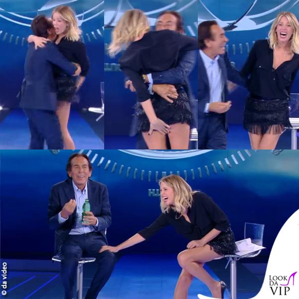 Alessia Marcuzzi gonna Alberta Ferretti camicia Stella McCartney scarpe Casadei