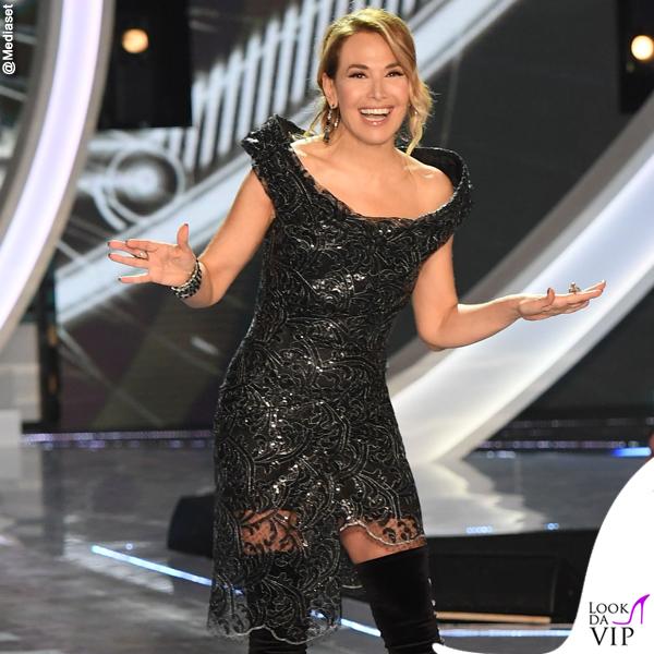 Barbara d'Urso GF15 seconda puntata abito Vivienne Westwood