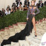 Met 2018 Jennifer Lopez abito Balmain