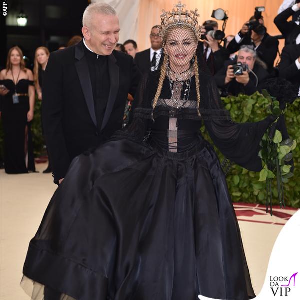 Met 2018 Madonna in Jean Paul Gaultier e Jean Paul Gaultier