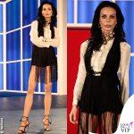 Nina Moric Grande Fratello quinta puntata completo Elisabetta Franchi gioielli Sharra Pagano
