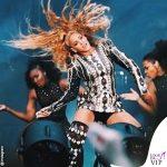 Beyonce On The Run II World Tour toal look Balmain 2