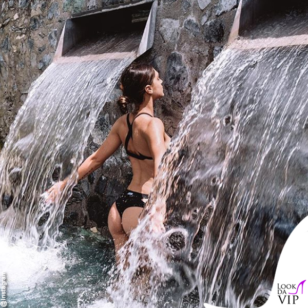 Cecilia Rodriguez bikini Me Fui
