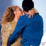 On The Run II World Tour Jay-Z Beyoncé total outfit Dundas 1
