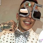 Sfera Ebbasta occhiali da sole Dolce e Gabbana