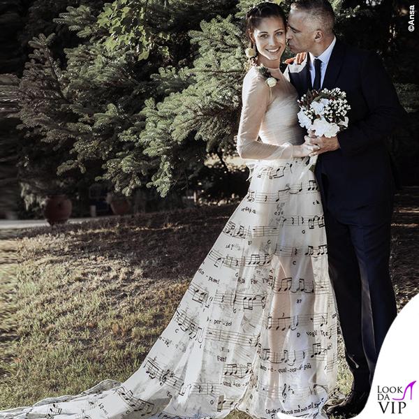 Matrimonio Eros Ramazzotti Marica Pellegrinelli abiti Maison Valentino 3