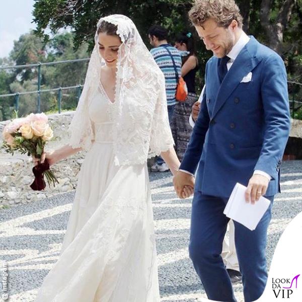 sports shoes 3a3bb d5cb4 Matrimonio Francesco Carrozzini Bee Shaffer abito Dolce ...