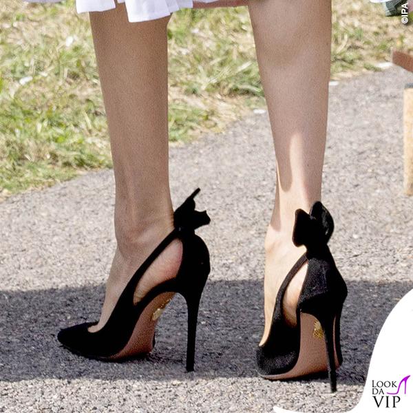best service 4871a 153e6 Meghan Markle abito Club Monaco scarpe Aquazzura - Look da Vip