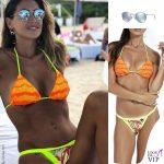 Melissa Satta, bikini Changit, occhiali da sole Ray Ban