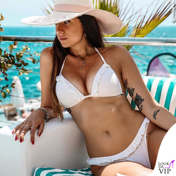 Valentina Vignali bikini Calzedonia