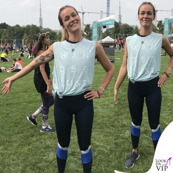 Johanna Maggy Wanderlust outfit Adidas 2