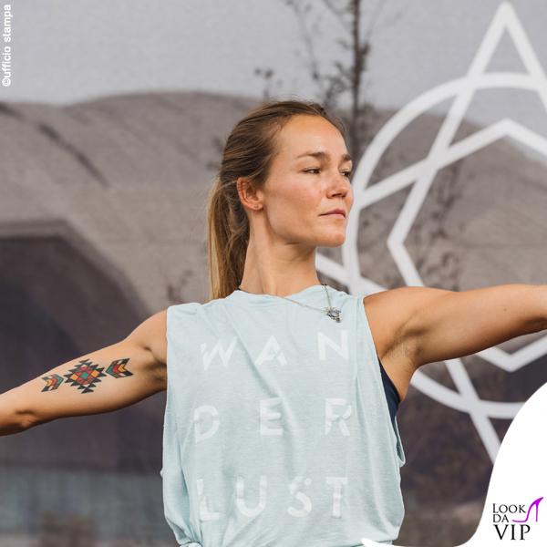 Johanna Maggy Wanderlust outfit Adidas 7
