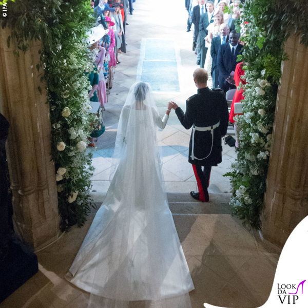 Meghan-Markle-Givenchy-wedding-dress-Royal-Wedding-2