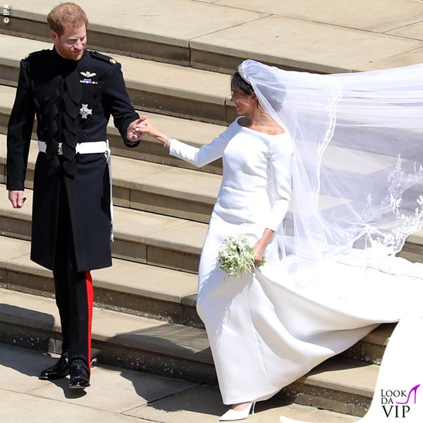 Meghan-Markle-Givenchy-wedding-dress-Royal-Wedding-5
