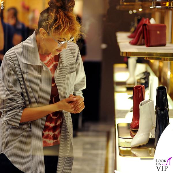 Nina Zilli total look Vivienne Westwood shopping Casadei