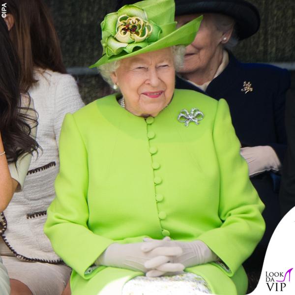 Regina Elisabetta verde fluo 2