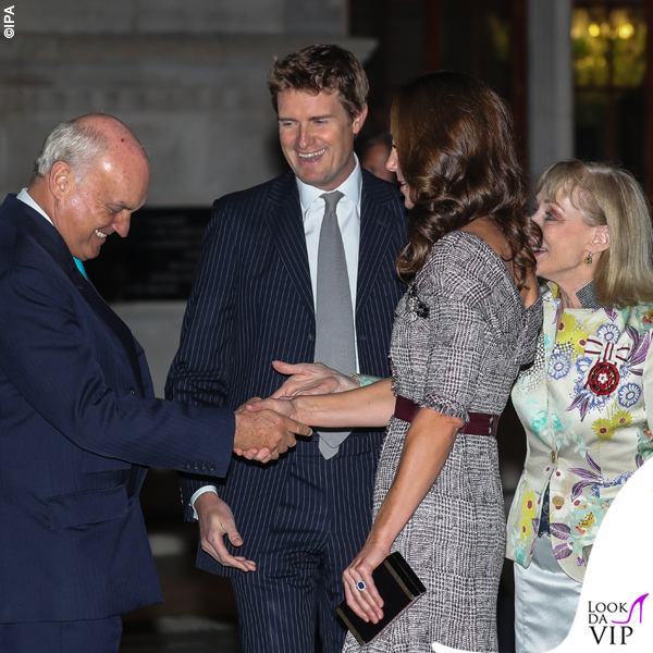 Kate Middleton abito Erdem clutch e pump Jimmy Choo 6