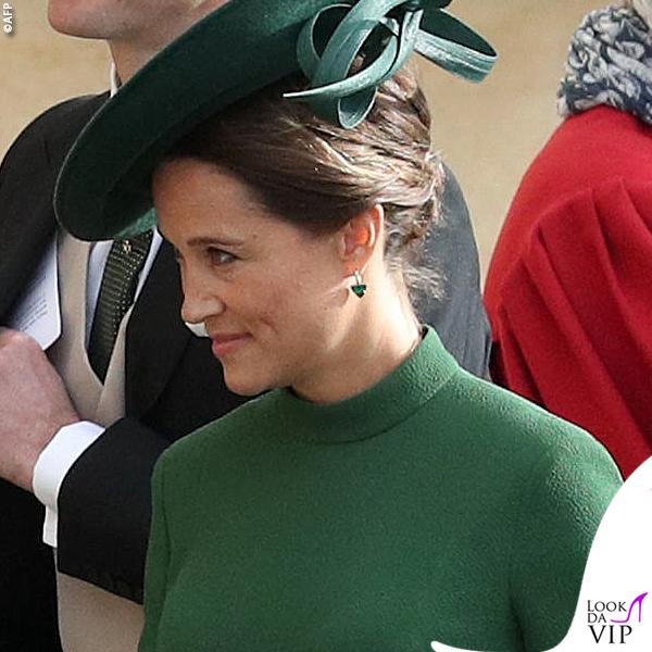 Matrimonio Eugenia Pippa Middleton abito Emilia Wickstead clutch Charlotte Olympia 6