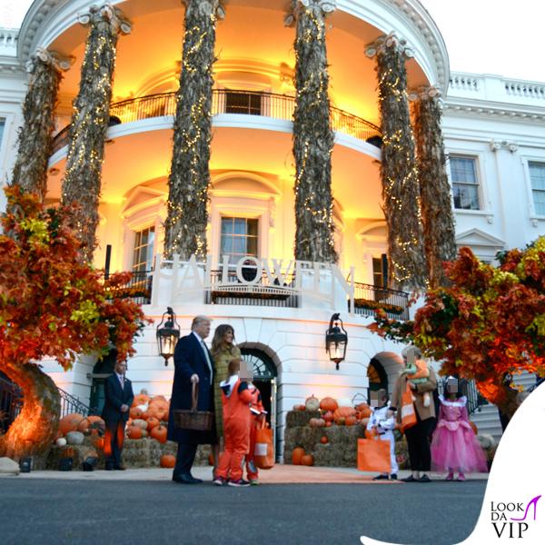 Melania Trump Halloween cappotto Bottega Veneta 9