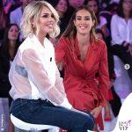 Verissimo Ilary Blasi camicia Equipement jeans JBrand sandali Casadei Silvia Toffanin in Alberta Ferretti