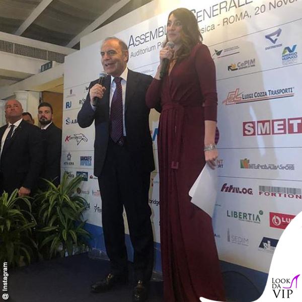 Elisa Isoardi abito Elisabetta Franchi scarpe Gianni Marra