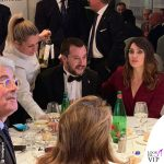 Elisa Isoardi abito Elisabetta Franchi scarpe Gianni Marra Matteo Salvini smoking