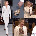 Gigi Hadid in tv con la clutch da 5mila euro