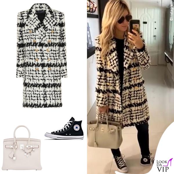 Wanda Nara cappotto balmain, sneakers Converse, borsa Hermès