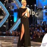 Ilary Blasi 8 puntata GF Vip abito Dsquared2 sandali Le Silla 4