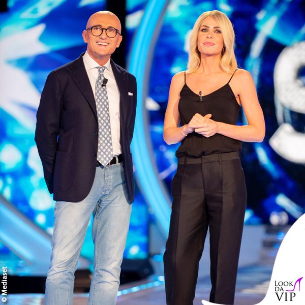 Ilary Blasi GF Vip 14 puntata top pantaloni Dsquared2 scarpe Le Silla 2