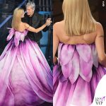 Michelle Hunziker Sanremo 4 serata abito fiore rosa Moschino