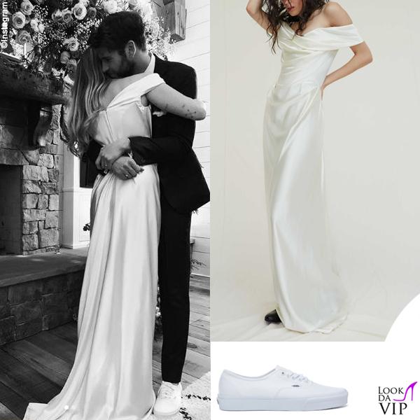Miley Cyrus Liam Hemsworth matrmonio abito Vivienne Westwood sneakers Vans 7