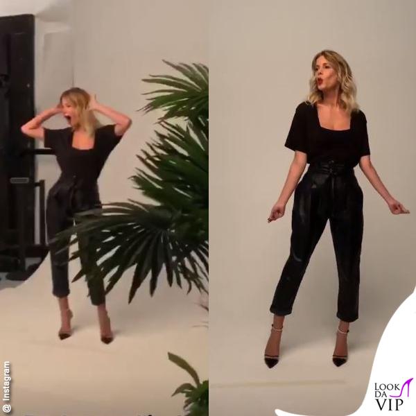 Alessia Marcuzzi Isola pantaloni pelle neri Equipment scarpe Alevi Alice