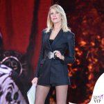 Alessia Marcuzzi terza puntata Isola dei Famosi 2016 total Versace